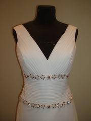 Продам свадебные платья и аксессуары