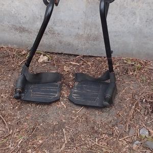 Подножки для инвалидной коляски