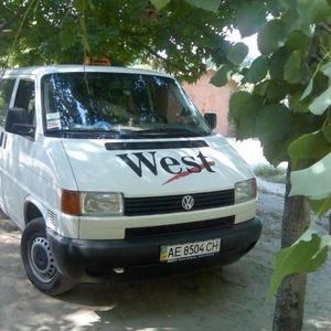 Продам автомобиль WV T-4 2001 года,