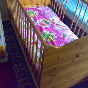 детская кроватка с матрасом (трансформер)