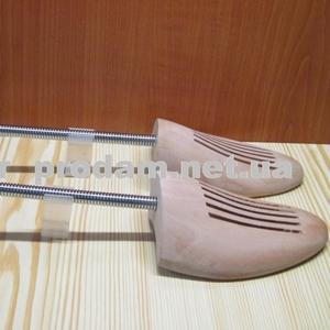 Формодержатель деревяный  в обувь