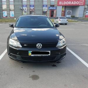 Volkswagen jetta'12.