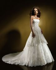 Cвадебное платье Benjamin Roberts 907 (оригинал)